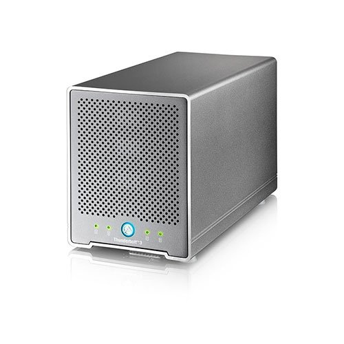 AKiTiO_Thunder3_Quad_Mini_4bay_external_Thunderbolt_3_storage_solution